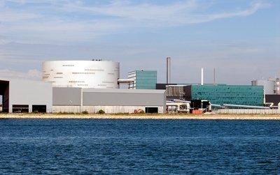 Attribuée en 2005 à la société Evéré, la construction de l'incinérateur aurait dû coûter 280 millions d'euros. Photo Valérie Farine